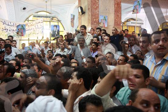 مظاهرة الاقباط التي طالبت بعودة القمص بولا كاهن البلينا في سوهاج