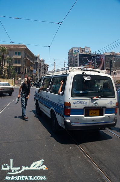 أزمة في شوارع الاسكندرية بعد اضراب سائقي الميكروباصات عن العمل احتجاجاً على المخالفات التعسفية