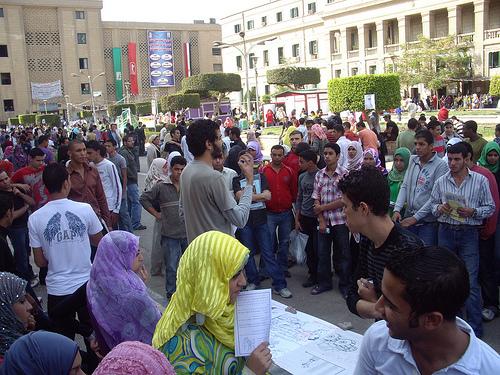 مجلس جامعة القاهرة: مشروع للتنقيب المعلوماتي للماجستير و الدكتوراة