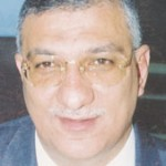 احمد زكي بدر وزير التربية والتعليم يواجه ازمة كادر المعلمين