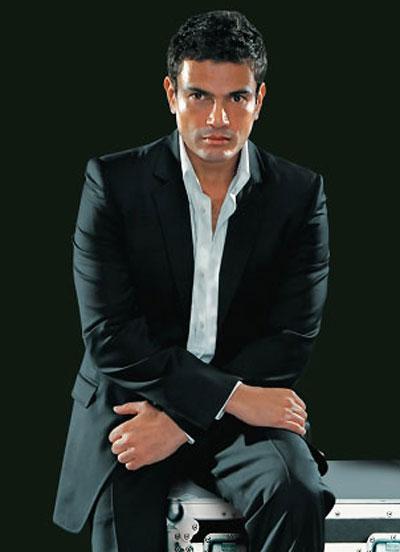 اغاني عيد الحب عمرو دياب