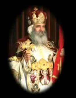 البابا شنودة يرأس قداس عيد القيامة المجيد الليلة