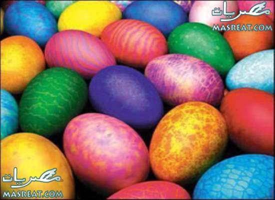 صور تلوين بيض شم النسيم بالالوان الطبيعية
