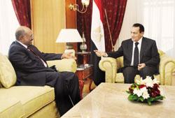 الرئيس مبارك يستقبل البشير ويؤكد دعم مصر لاستقرار السودان