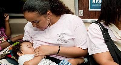 الرضاعة اثناء فترة الحمل