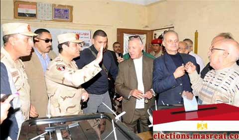 بالصور الفريق السيسي يتفقد لجان الاستفتاء على الدستور 2014 اليوم