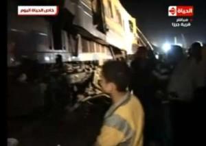 صورة من موقع حادث العياط و حادثة تصادم قطار القاهرة و قطار الفيوم