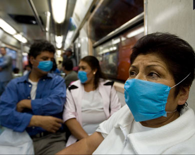 وزير الصحة السابق: ممنوع مغادرة المنزل.. عند الإصابة بانفلونزا الخنازير.. وكيفية الوقاية منها