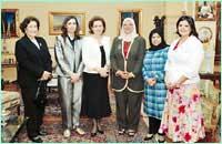 سوزان مبارك تلتقي عضوات مجلس الأمة الكويتي